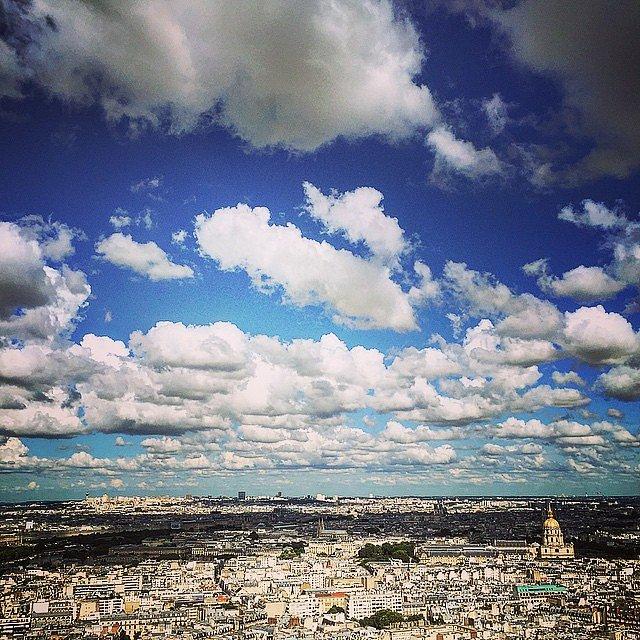París esta tarde de viernes.